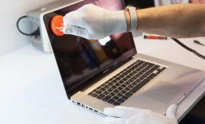 Macbook pro ekran Değişimi Nasıl Yapılır